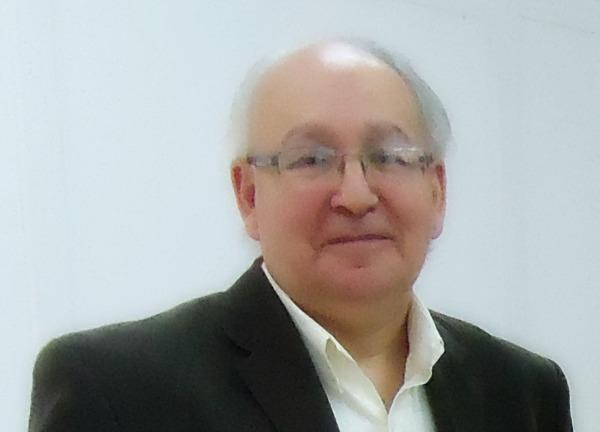 "alt=""Arturo Garay"""